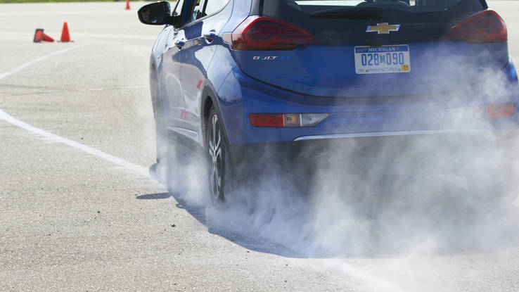Chevrolet Bolt EV what it is like when using autocross course