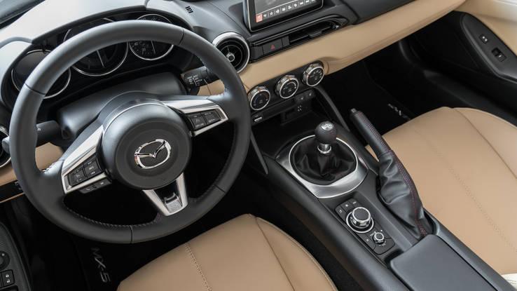 2019 Mazda MX-5 RF Grand Touring quick take: Same Miata fun which includes a hardtop